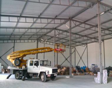 Услуга Временное освещение складского помещения 600 м²